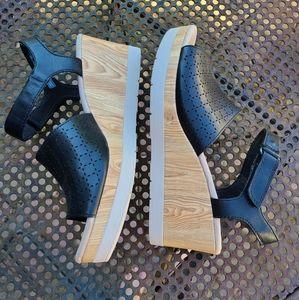Women's Clark's Sandals
